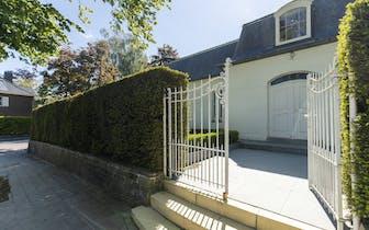 Ben je op zoek naar een leuke en instapklare woning met gezellige tuin in de rand van Kortrijk?  Bek...