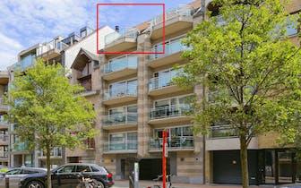 Zeer ruim, licht en zonnig duplex-appartement (108 m²) met 3 slaapkamers, 2 ruime terrassen (totaal...