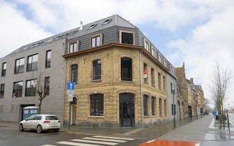 Ruim nieuwbouwappartement (106,48 m²) te koop in residentie Den IJzer nabij het station in de Gracht...
