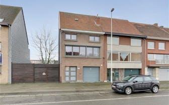 Te koop - Merksem - Maantjessteenweg 164 - Zéér goed onderhouden en grotendeels gerenoveerde woning...