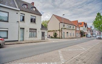 Pre-sale in week 23 mits telefonische afspraak met Dries Verschingel 0474 49 56 22.  Half vrijstaand...
