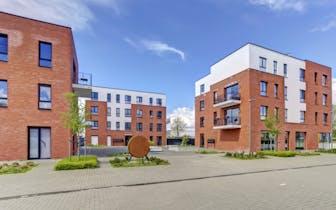 Dit mooie appartement bevindt zich op de eerste verdieping en telt 2 slaapkamers, een volledig inger...