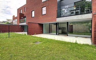 Het mooie en kleinschalige nieuwbouwproject 'Eden Roc', gelegen in de Sint-Baafsstraat in Sint-Andri...