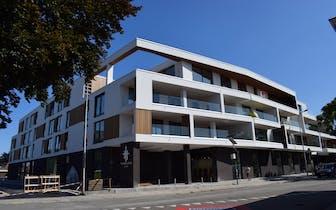 Kom en ontdek de laatste appartementen tijdens de opendeurdag op donderdag 5/12 tussen 17u en 18u!...